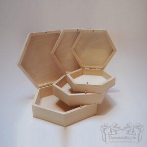 Medinė dėžutė šešiakampėMedinės Dovanos Medinė dėžutė