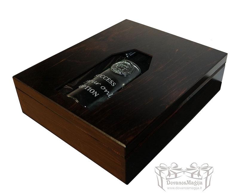 Medinės dovanos, medinės dėžutės su graviravimu
