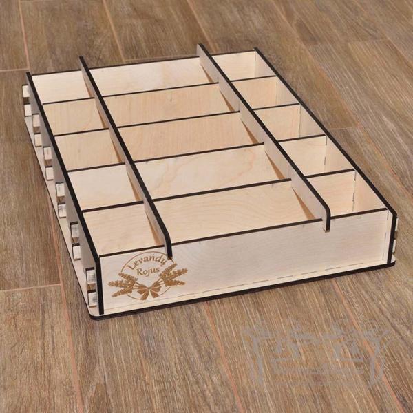 Medinė dėžutė muilo gamybai 34x9xh7cm X5 išardoma penkiavietė